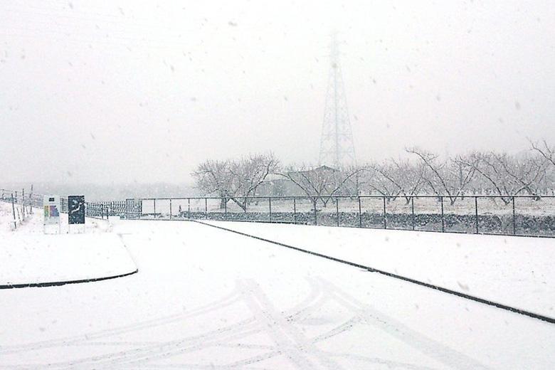 【グランポレール勝沼ワイナリー】ワイナリーは冬も忙しいのです。