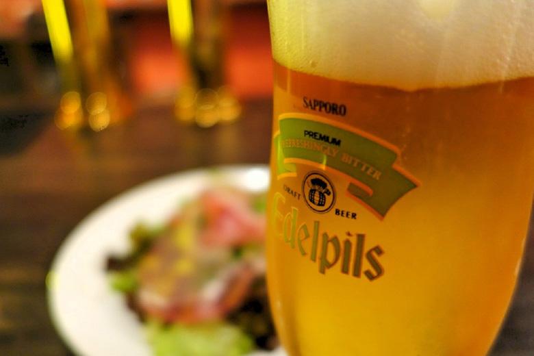 これぞビールファンが唸る美味しさ!本場ドイツの醸造所も認めた樽生「エーデルピルス」の魅力に迫る