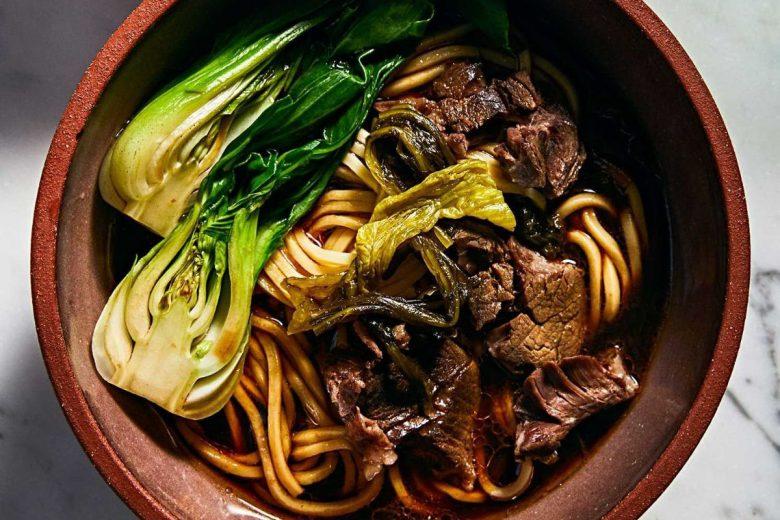 台湾の歴史が詰まったソウルフード、牛肉麺