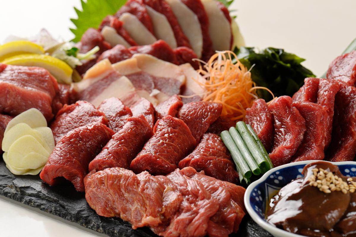 ろう 恵比寿 馬喰 【恵比寿】馬肉専門店がオープン!馬刺しも美味しいけど馬肉すき焼き鍋(桜鍋)の美味しさに衝撃! #馬喰ろう